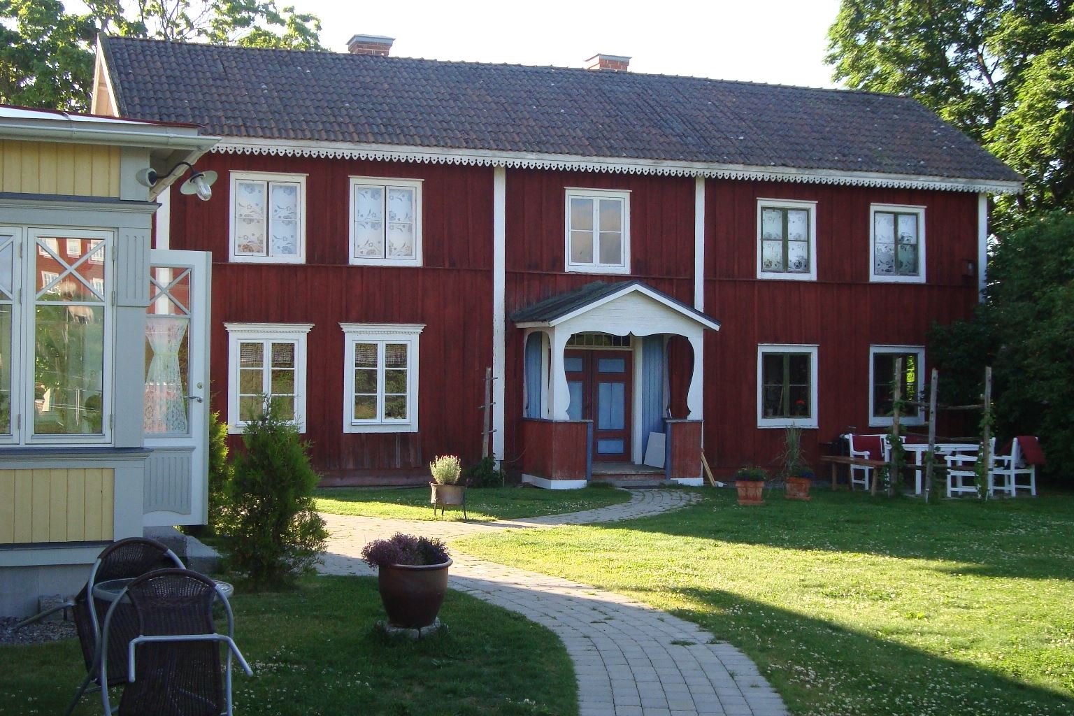 Hälsingegård Österbacks Bed & Breakfast