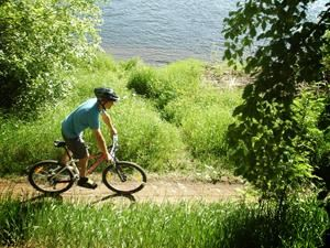 Cycle and see beautiful Umeå with Frifot