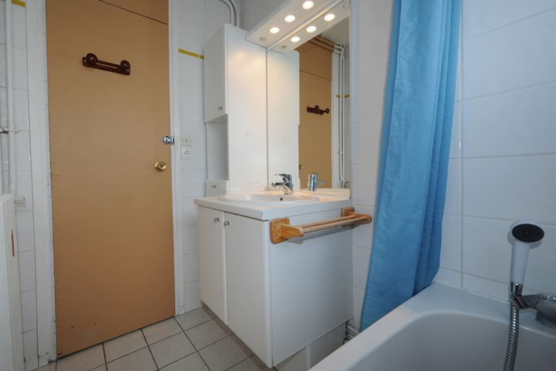 3 Rooms 8 Pers ski-in ski-out / PELVOUX 21
